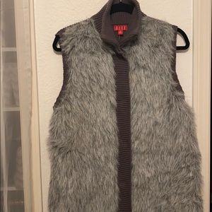 Elle fur vest Sz XL  NEW w/tags women's